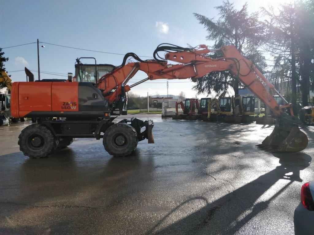 Wheel excavator HITACHI ZX140 W - Codimatra<br />