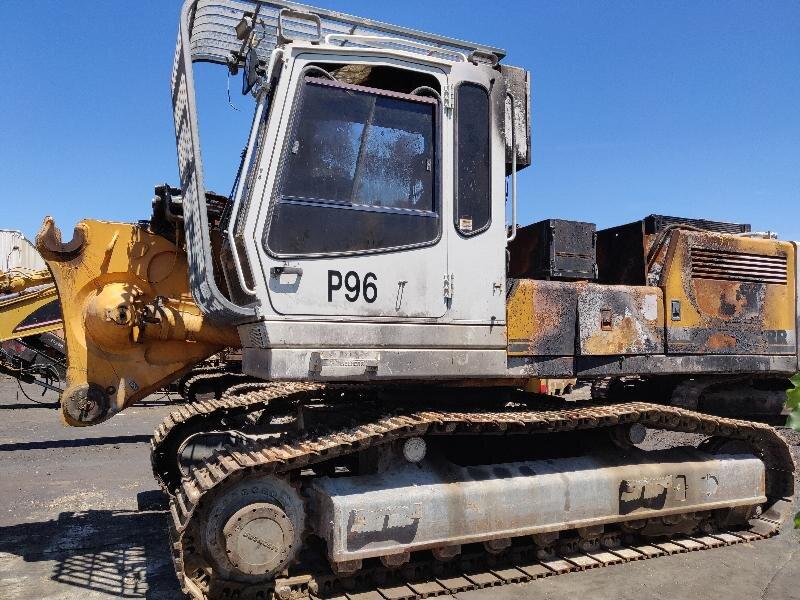 Tracks excavator LIEBHERR R944B - Codimatra<br />