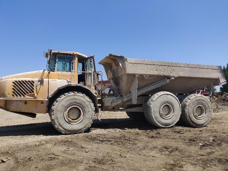 Rigid dump truck VOLVO A40D - Codimatra<br />