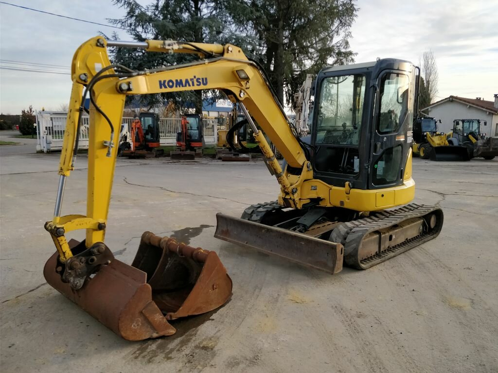 Mini excavators on tracks KOMATSU PC45