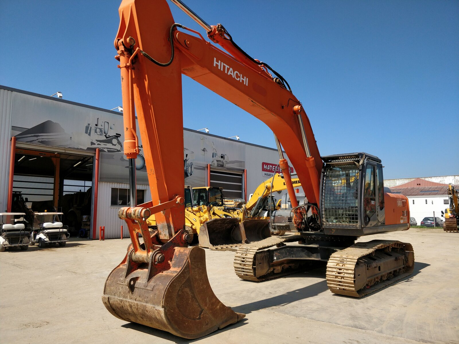 Tracks excavator HITACHI ZX330-3