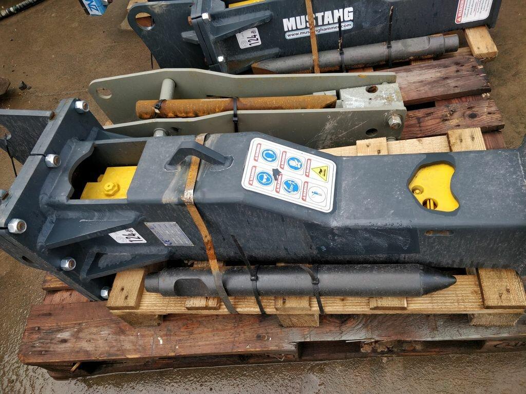 Equipment MUSTANG HM200