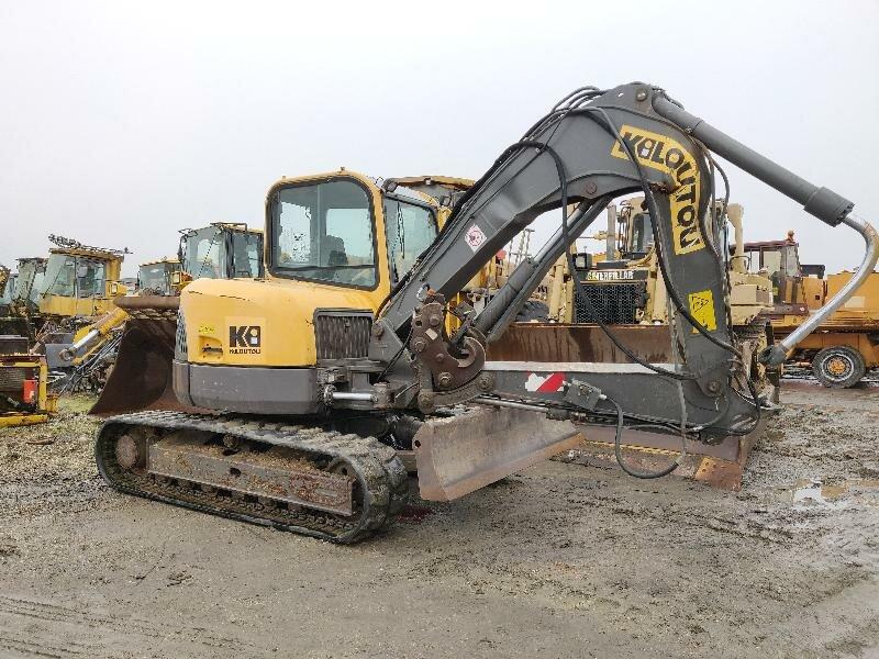 Mini excavators on tracks VOLVO ECR88