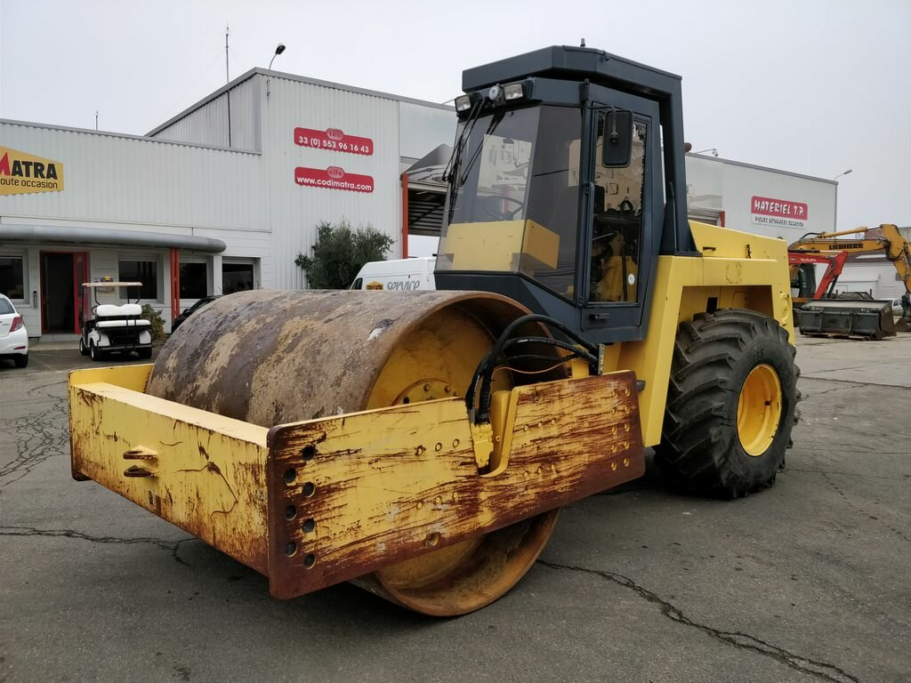 Single drum rollers BOMAG BW219D2
