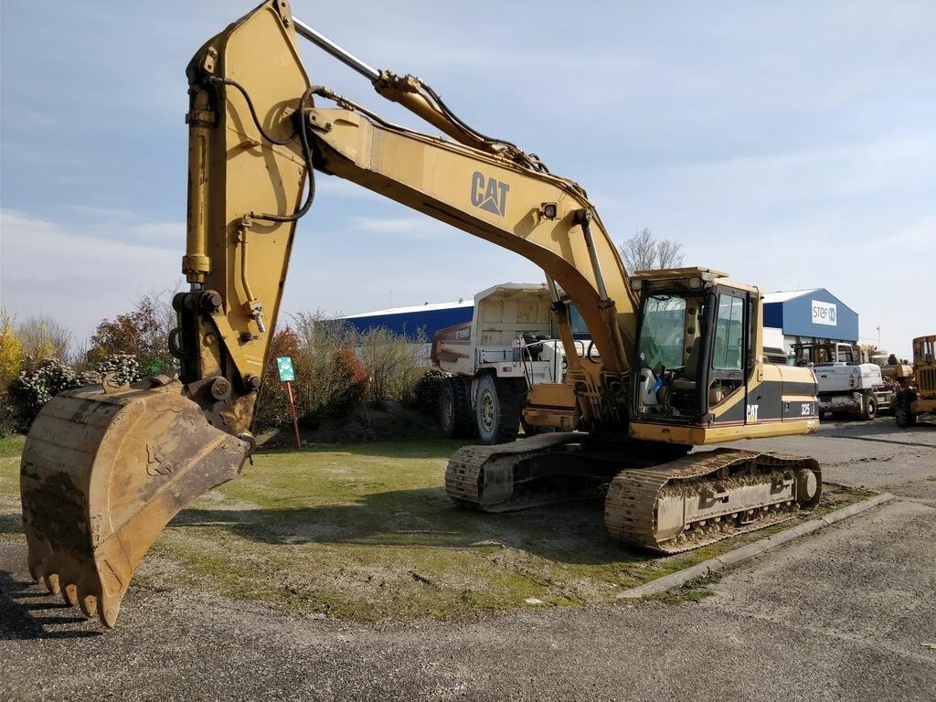 Tracks excavator CATERPILLAR 325L