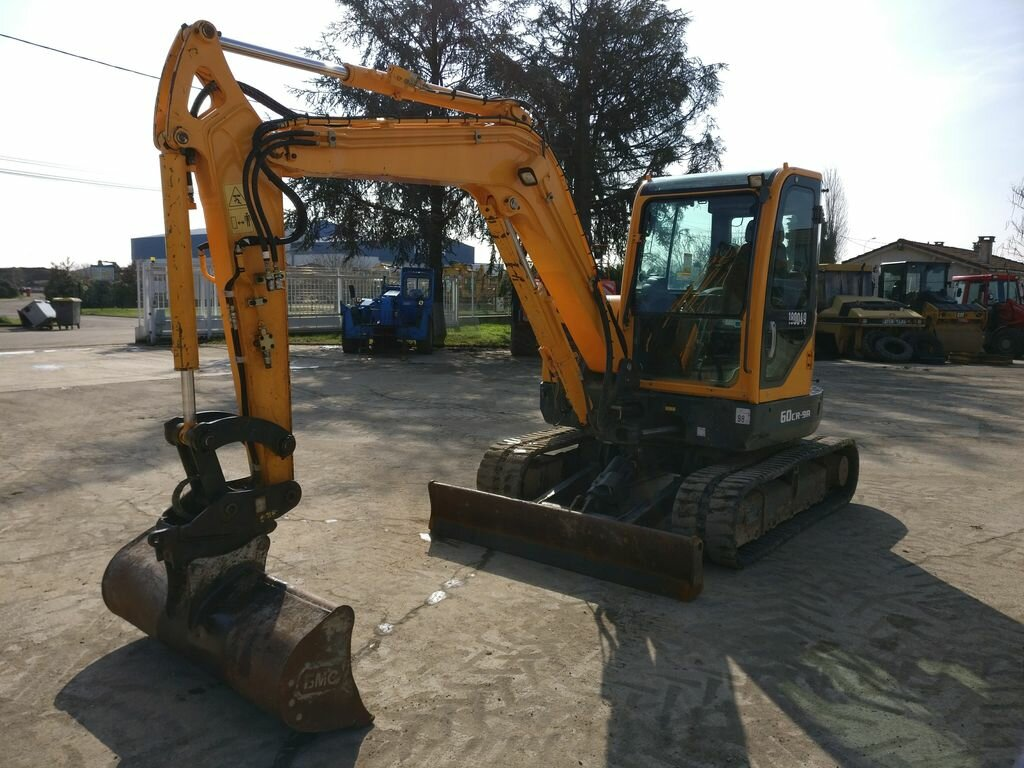 Mini excavators on tracks HYUNDAI R60CR-9A