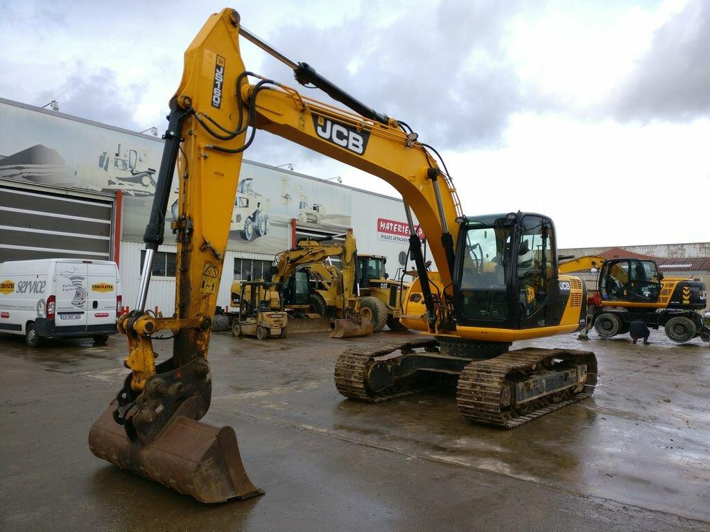 Tracks excavator JCB JS160
