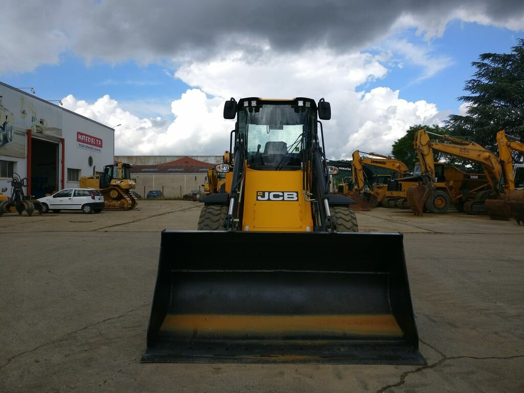 Wheel loader JCB 411