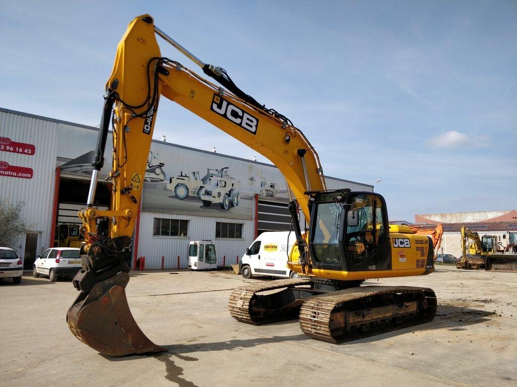 Tracks excavator JCB JS210LC