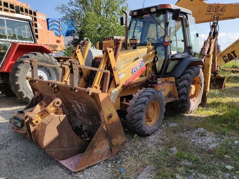 Backhoe loader CASE 580SLE