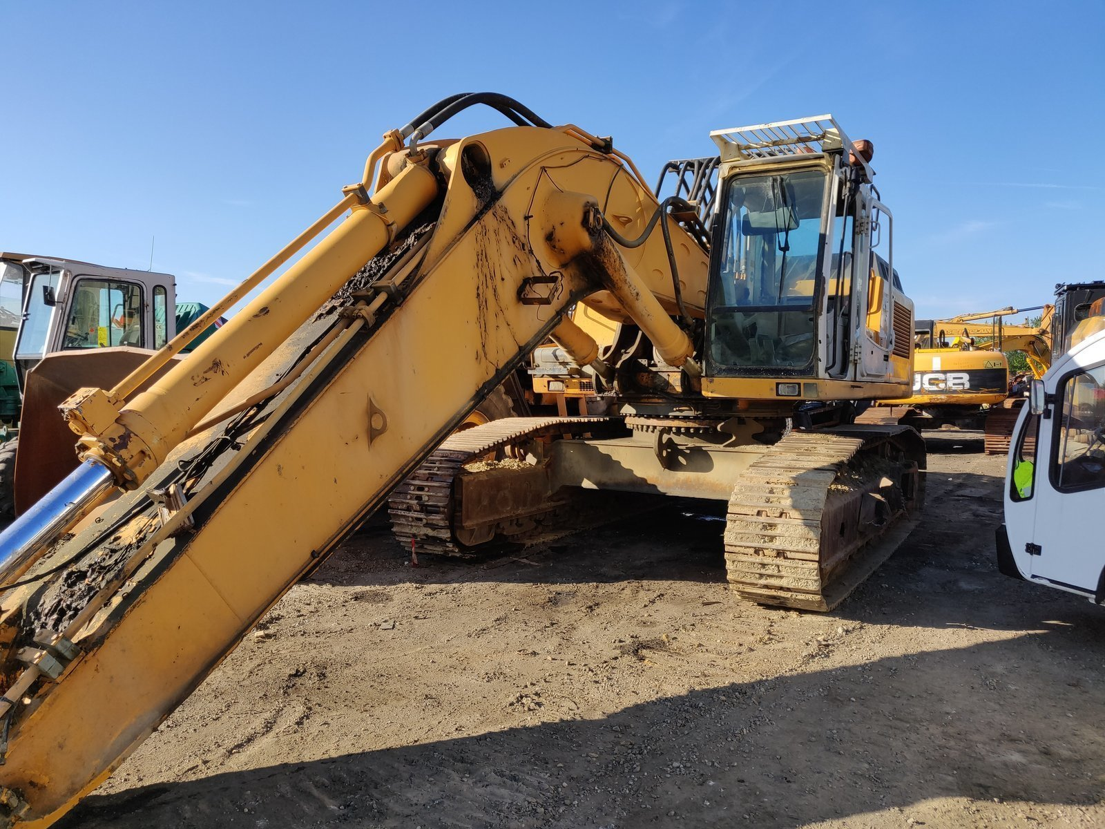 Tracks excavator LIEBHERR R954BHD
