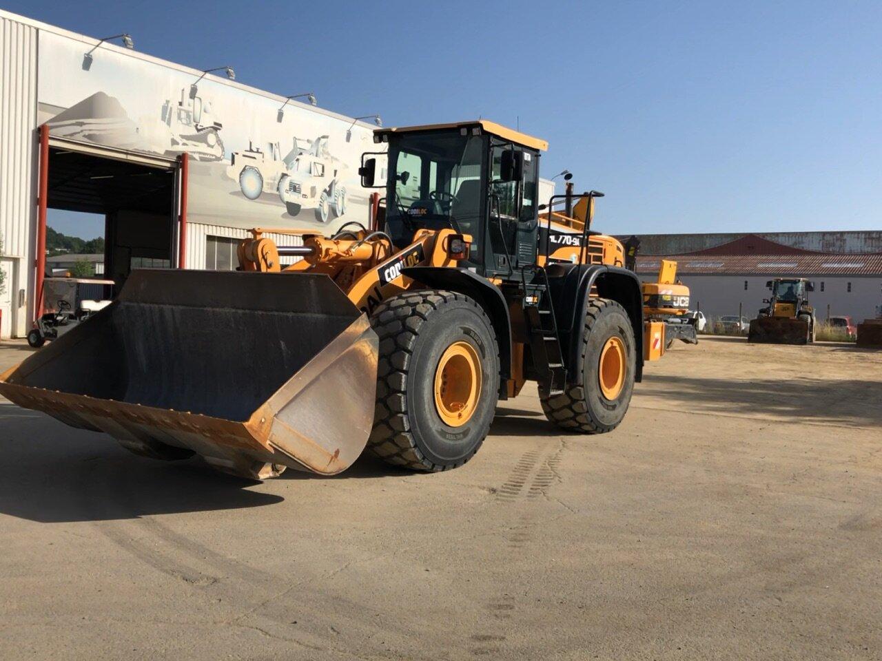 Wheel loader HYUNDAI HL770 -9