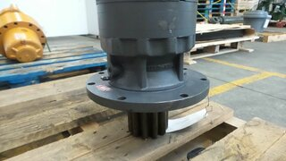 Rotation reducer for CASE 9007