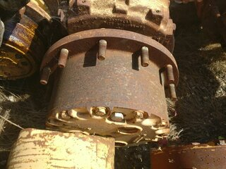 Wheel reducer for CASE W30
