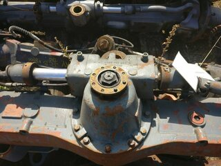 Differential rear axle for LIEBHERR A904