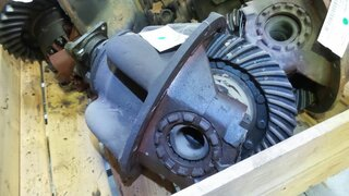 Differential rear axle for POCLAIN TX