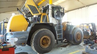 Differential rear axle for LIEBHERR L550