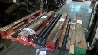 Wheel shaft for VOLVO A30