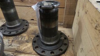Wheel spindle for HANOMAG 44C