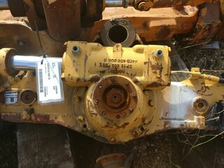 Axle housing for LIEBHERR A902