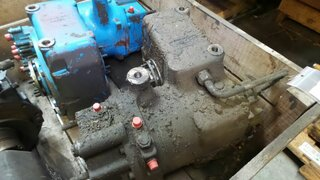 Gearbox for LIEBHERR A904