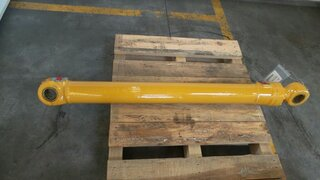 Stick cylinder for LIEBHERR R308