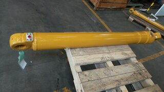 Stick cylinder for LIEBHERR A902LI
