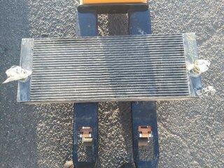 Water cooler for LIEBHERR R934C