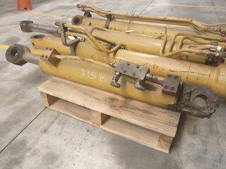 Offset cylinder for CATERPILLAR 315B
