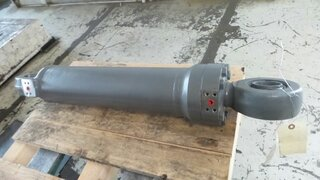 Stabilizer cylinder for LIEBHERR A314