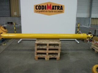 Lift cylinder for VOLVO A40