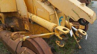 Arm lift cylinder for LIEBHERR LR632