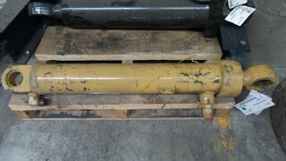 Steering cylinder for CATERPILLAR 950B