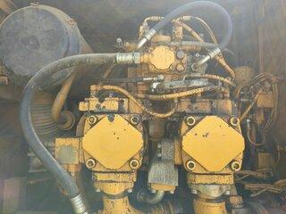 Radiator cooling for LIEBHERR R954B