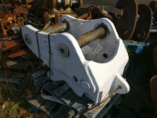 Quick coupler for FIAT HITACHI EX255