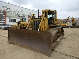 Bulldozer blade for CATERPILLAR D6H