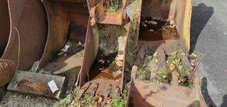 Trenching bucket for CATERPILLAR 428B