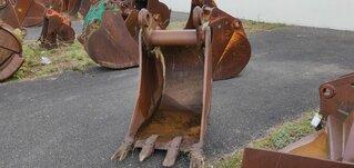 Trenching bucket for LIEBHERR R932HDSL