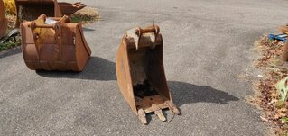 Trenching bucket for VOLVO