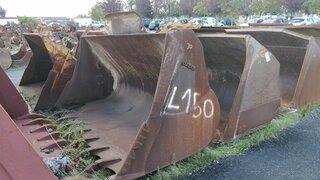 Loader bucket for VOLVO L150