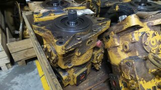 Hydraulic main pump for LIEBHERR R954B