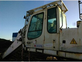 Cabin structure for LIEBHERR R954CSHD