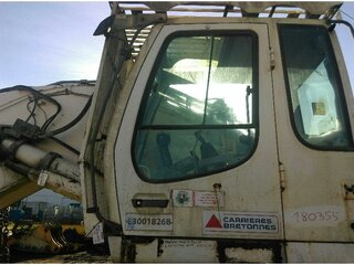 Cabin door for LIEBHERR R954CSHD