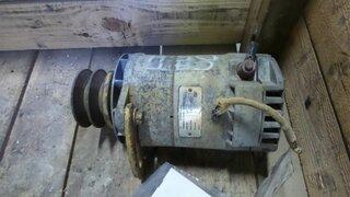 Alternator for CATERPILLAR D5H