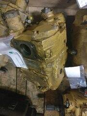 Hydraulic main pump for CATERPILLAR 215