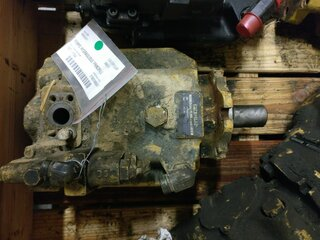 Hydraulic main pump for CATERPILLAR 966GII