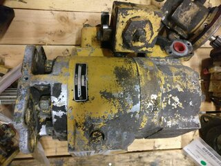 Hydraulic main pump for CATERPILLAR 973