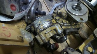 Auxiliary hydraulic pump for CATERPILLAR 330