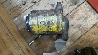 Hydraulic main pump for OK 23.2