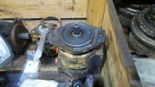 Hydraulic main pump for JCB 425